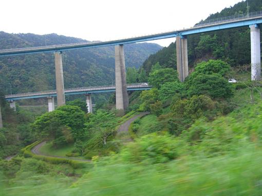 人吉のループ橋.jpg