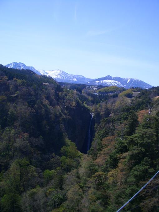 震動の滝.jpg